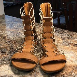 MIA Back Zip Stretch Cord Gladiator Sandals 7 1/2